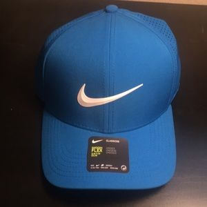 Nike hat, new with tags